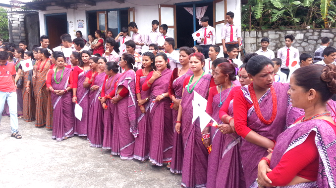 A group of women waiting to welcome to President Bidhya Devi Bhandari in Pokhara on Wednesday. Picture: Recentfusion.com